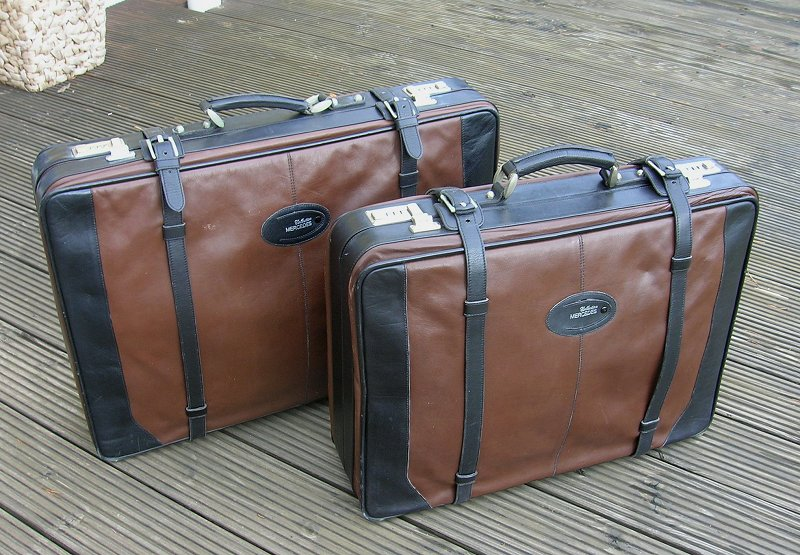 Mercedes benz goldpfeil suitcase luggage set mb 190 300 for Mercedes benz suitcase