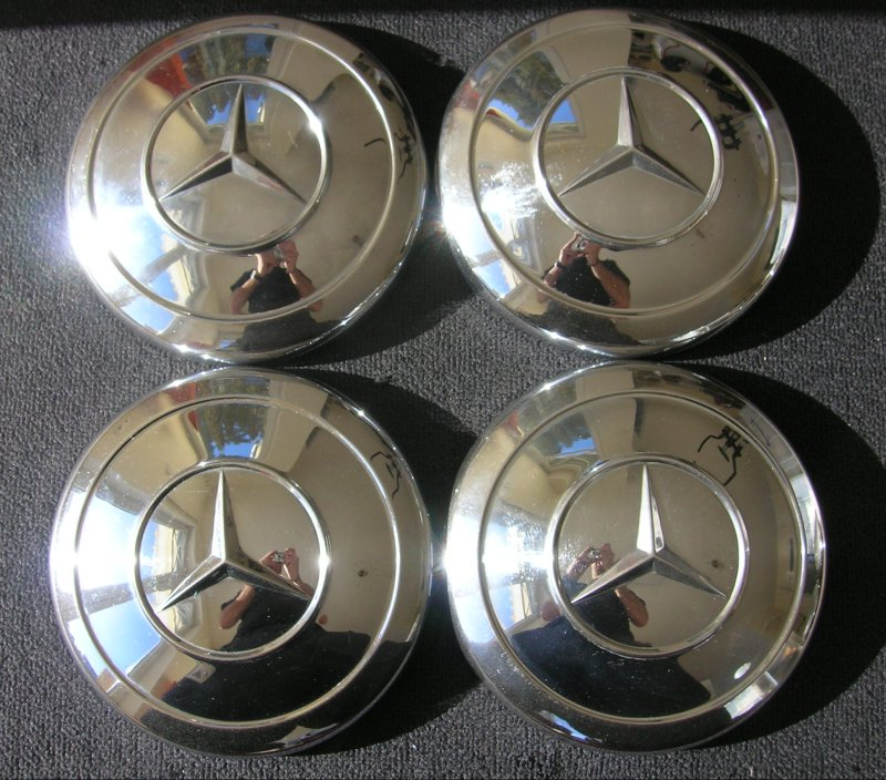 Mercedes benz mb hub caps 170 180 190 200 300 pagode pont for Mercedes benz hubcaps